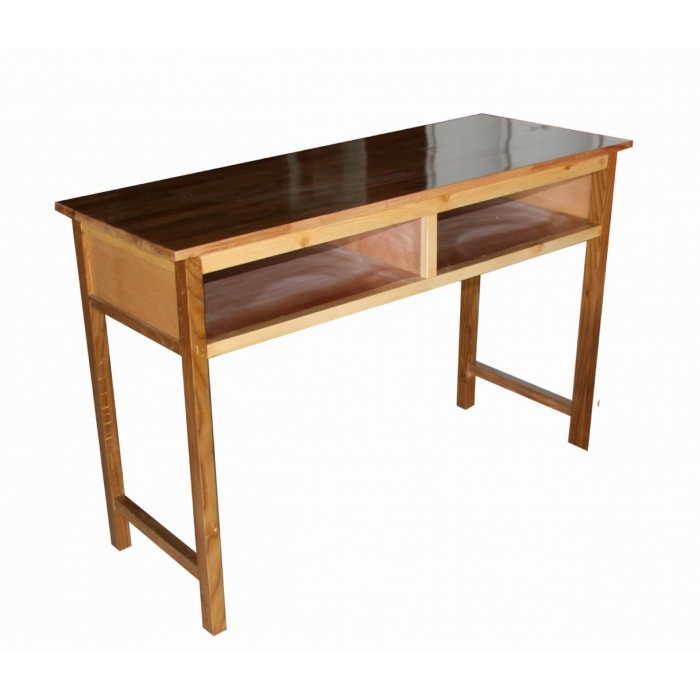 材质:1,桌腿采用优质硬杂木制作,2,桌面采用优质环保型细木工板制作
